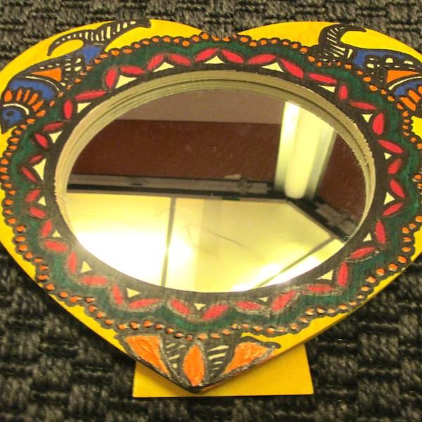 mirror-600x600